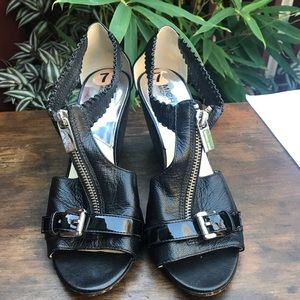 Michael Kors black wedge heels w/zipper Size 7